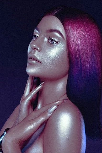 "Kylie Jenner Under Fire for ""Blackface"" Photo"
