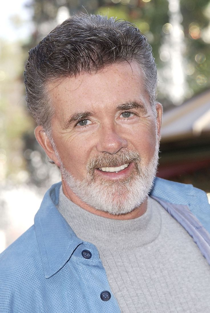 Actor Alan Thicke attends the Los Angeles premiere of 'Pinocchio' on December 22, 2002 in Los Angeles, California. (Photo by Robert Mora/Getty Images)