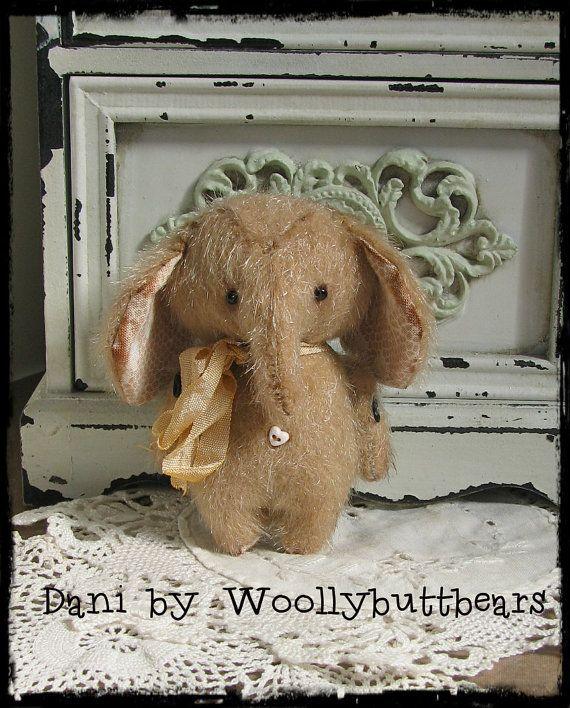 Dani by Woollybuttbears 3 inches by Woollybuttbears on Etsy