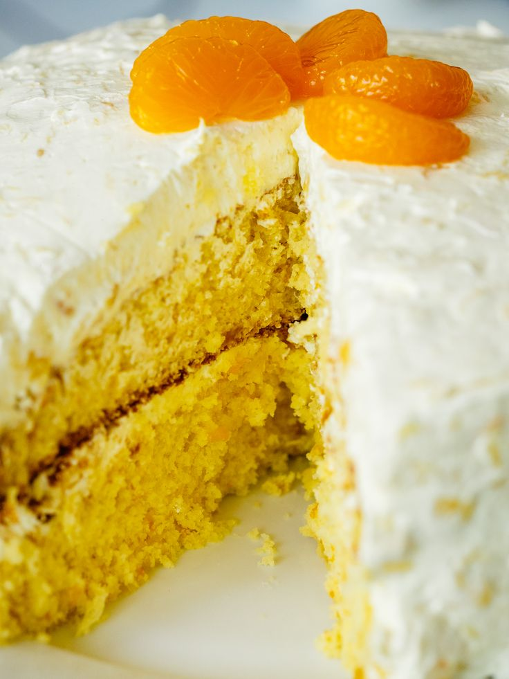 Pig Pickin' Cake; pineapple pudding Koolwhip and orange in cake itself