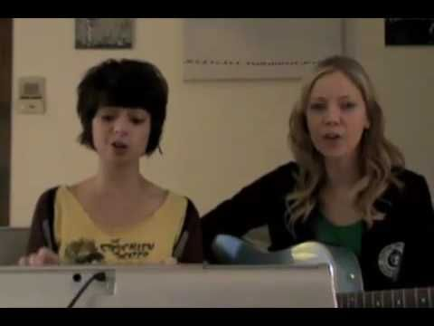 Pregnant Women are Smug by Garfunkel and Oates | LOVE. LOVE.