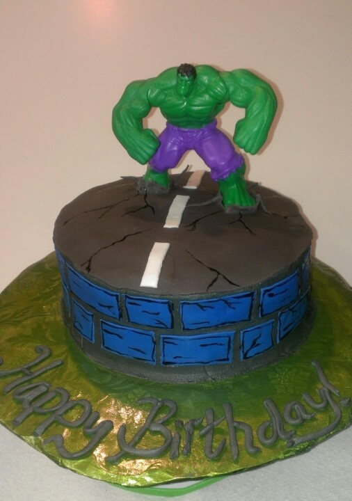 Incredible Hulk cake... Birthday cakes Pinterest ...