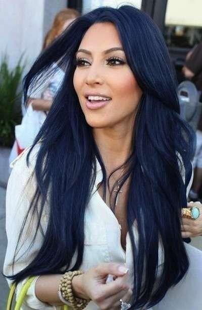 I Capelli Neri Di Kim Kardashian La Socialite Sfoggia Da Sempre