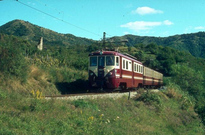 Guida di Genova mangiare dormire vedere Genova: Ferrovia Genova Casella