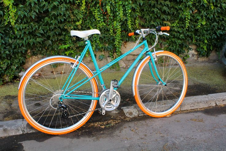 Turquoise is the color of the season. This bicycle is one of our favorite.
