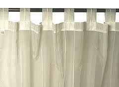 Cortinas con presillas con la utilización de barras para su instalación. Tejidos ignífugos para cortinas de hotel. www.cortinasparahoteles.com