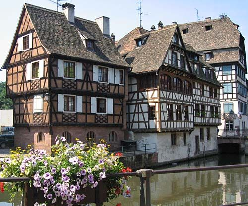 Strasbourg Pictures - Travel Photography of Strasbourg, France: Strasbourg Picture: Half Timbered Houses in Le Petite France, Strasbourg