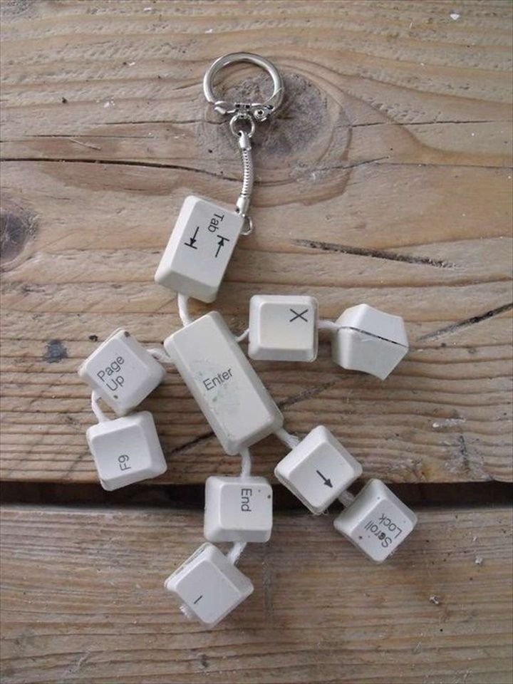 DIY Keyboard Keys,Keyman Idea: 22 Upcycled Keyboard Keys Ideas | DIY to Make