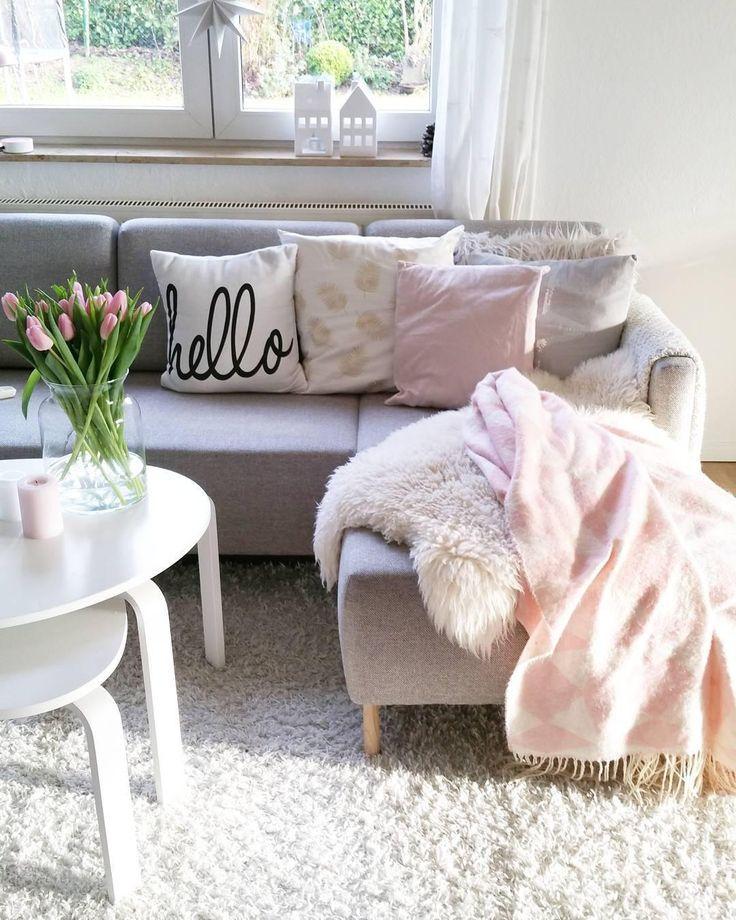 Das Kissen Hello Sorgt In Diesem Wohnzimmer Fur Stylische Coziness