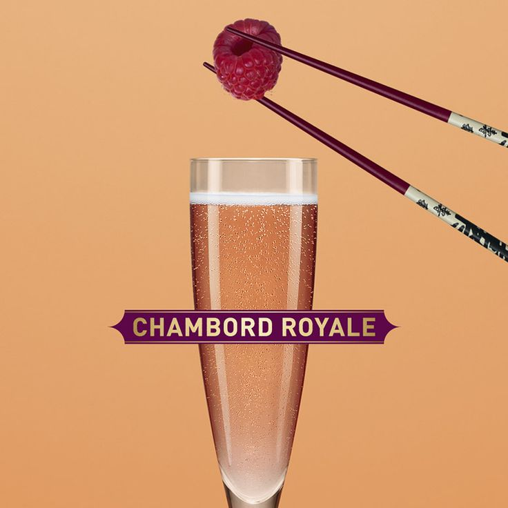 To make a Chambord Royale, pour Champagne, prosecco, or cave into a flute glass. Top with Chambord to your taste. Garnish with a raspberry.