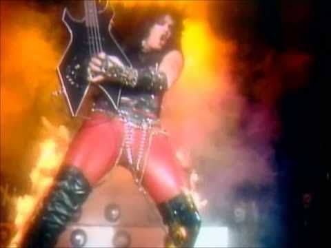 Mötley Crüe - Live Wire (Official Music Video)