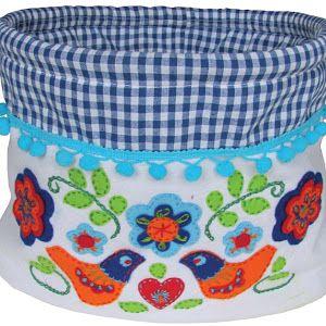 blomsterstuga, dita blom, zweden, sverige, borduren, embroidery, yllebroderi, scandinavie, scandinavian, sticken, vogel, bird, felt, filz, vilt, wolvilt, borduurwol, embroidery wool, wolle, wol, kleur, fabric, stof, katoen, handwerken, diy, handicrafts, handwerkjuffie, folklore, folkart, folksy, lint, ribbon, bander,
