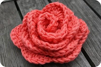DIY Crochet rose