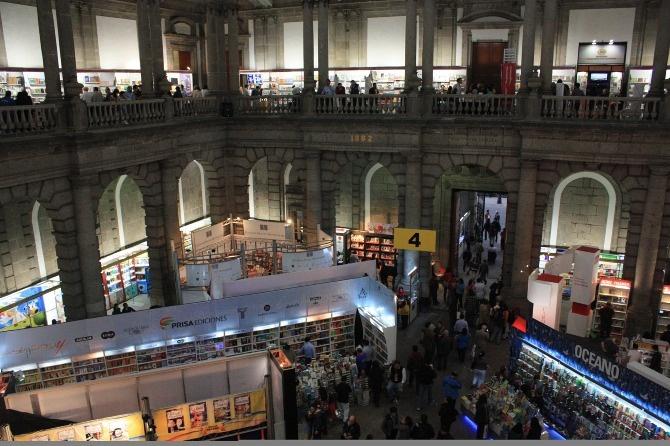 Feria del Libro 2012. Palacio de Minería en México..