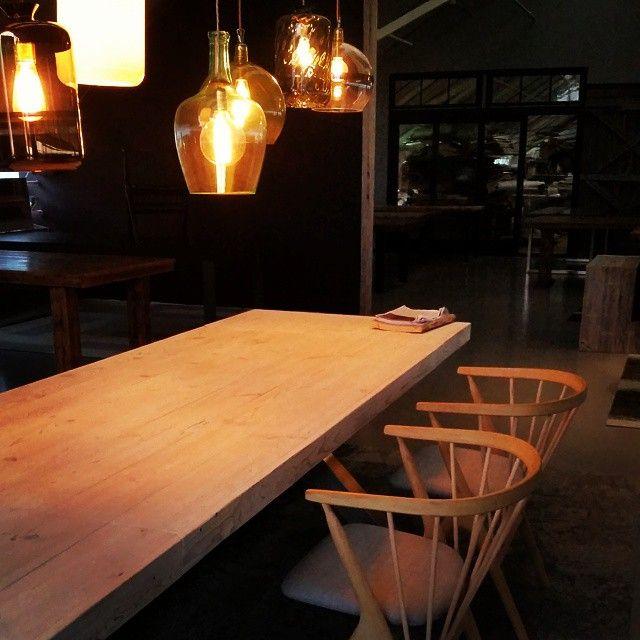 #showroomet  @sibastfurniture  #ebbandflow #stetind bordet #drivved #drivvedland #gjenbruksmaterialer #påbestilling #allemål #håndlagetavoss #barefordeg #bærekraftig #kortreist www.drivved.no