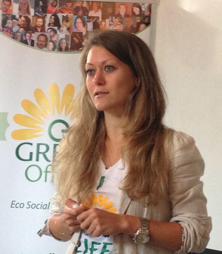 GreenOffOn at the Hub. 2013.08.01 Business Developer Anastasia Smolentseva present GreenOffOn and speak on Uniting a Community Worldwide at Hub Ottawa!