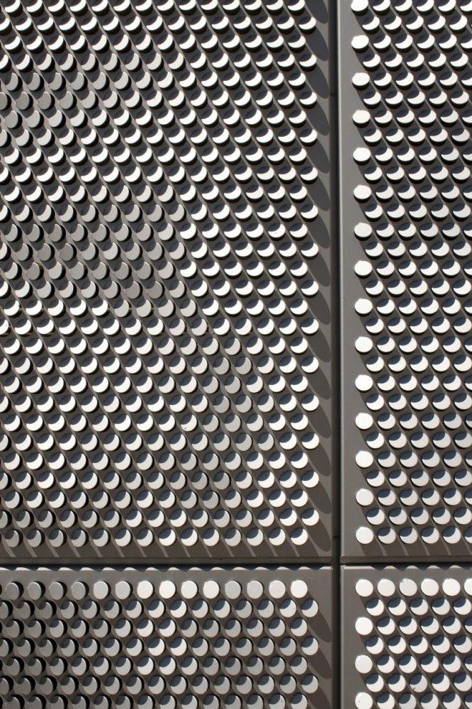 SAIT Parkade / Bing Thom Architects