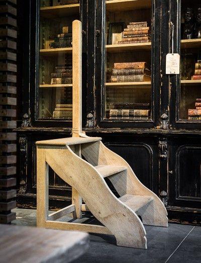 Houten trapje met authentieke uitstraling - Maatwerk - Wooden step with authentic look - Custom made - #WoonTheater