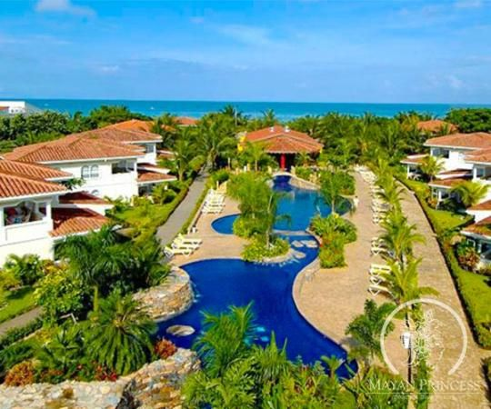The Mayan Princess   - the best pool and beach in Roatan!
