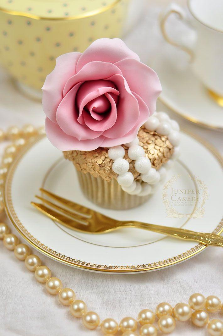 Elegante cupcake ✿⊱╮