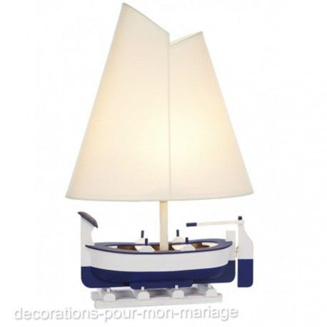 Une lampe électrique en forme de bateau et 30% de réduction offre du jour 1/12/2017, pour une idée cadeau noël, anniversaire...
