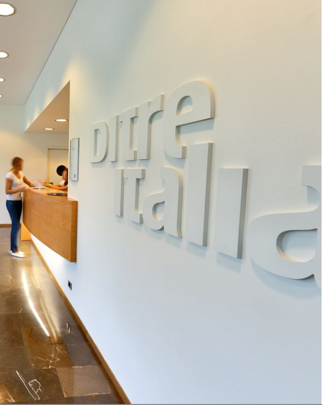 DitreItalia has three production units, spanning a total covered surface area of 40,000m2. Its headquarters is in Cordignano: this includes a large new showroom, created according to a particularly advanced concept of interior design, and offices, where designs are produced, marketing strategies are devised, sales policies are developed and administrative activities are carried out.