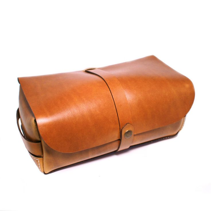 .Leather Dopp Kit//Teranishi Goods. Bench Made in US of 4oz Horween Chromexcel
