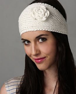 I need to try this crocheted version of the headband - free pattern! thank you!