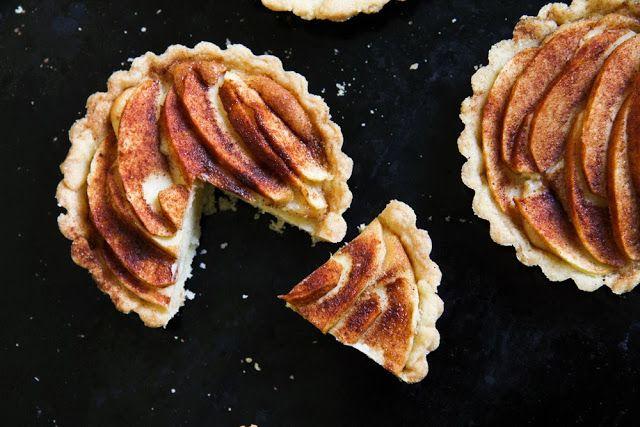 Krebsen und Aluette: Apfel Marzipan Tartlets