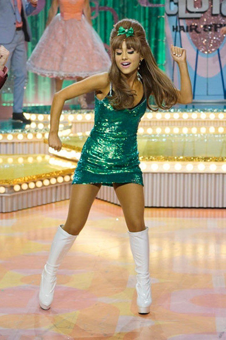 """Ariana Grande Steals the Spotlight During Hairspray Live!'s """"You Can't Stop the Beat"""""""