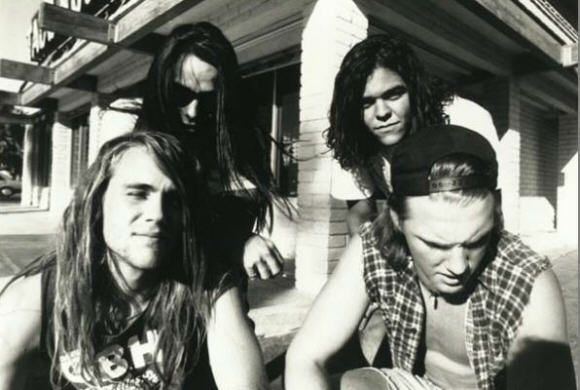 Kyuss (Oliveri/Homme version of...) ~ how young Nick Oliveri and Josh Homme look!