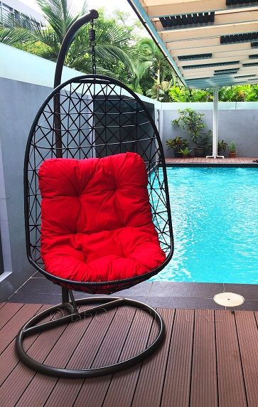 Modern Touch - Swing Chair • PE synthetic fibre weaving, powder coated steel hangers for long lasting durability. • Decorative & Innovative, suitable for both Indoor & Outdoor use. • Follow the contour of the chair for maximum body & mind relaxation. • Comes with 5 cm thick bedding cushion for extra comfort. Visit us at : www.bfgfurniture.com Facebook: www.facebook.com/bigfurnitureguru: