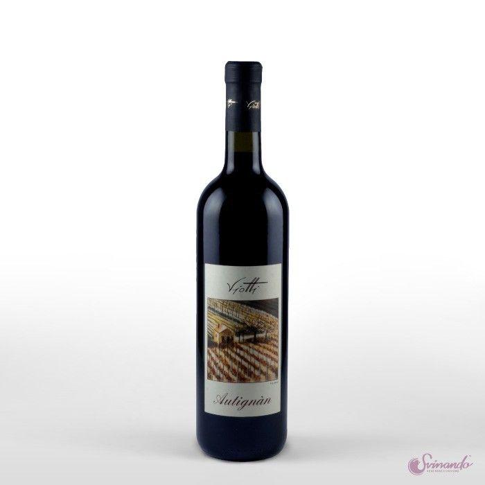Da Castel Rocchero, alle pendici dell'Alta Langa astigiana, la famiglia Viotti sforna ottimi vini da sette generazioni. La freschezza e la passione della nuova generazione sono racchiuse nell'Autignan. Aromatico, molto profondo nel gusto, domina il naso e la bocca con sentori intensamente floreali. Un vino giovane per chi ama la freschezza.