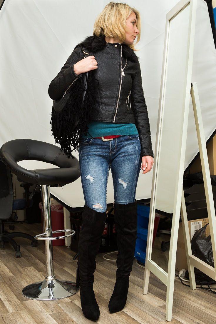Die perfekte Komnination aus rockig und elegant! Dieses komplete Winteroutfit für Damen besteht aus aufregenden High Heel Overknees, einer trendigen Skinny Jeans im Destroyed-Look, einer stylischen Bikerjacke in hochwertiger Lederoptik und einer schicken Fransentasche. Das gesamte Outfit bekommst Du zum besten Schnäppchenpreis auf www.ital-design.de! Einfach auf die einzelnen Artikel hier auf der Pinnwand klicken und glücklich shoppen - viel Spaß!