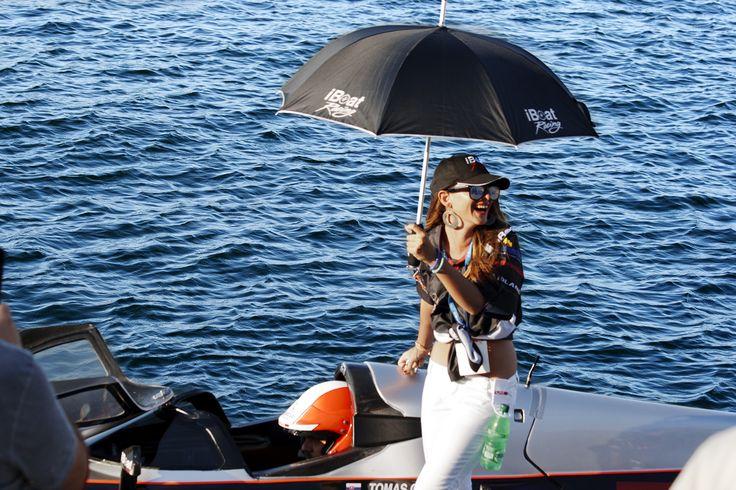 #F2 #worldchampionship #Brindisi #mare #sea #ombrello #donna #woman