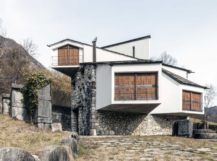 Pino Pizzigoni - Vacation House for an artist - Sant'Alberto - Parre (BG)