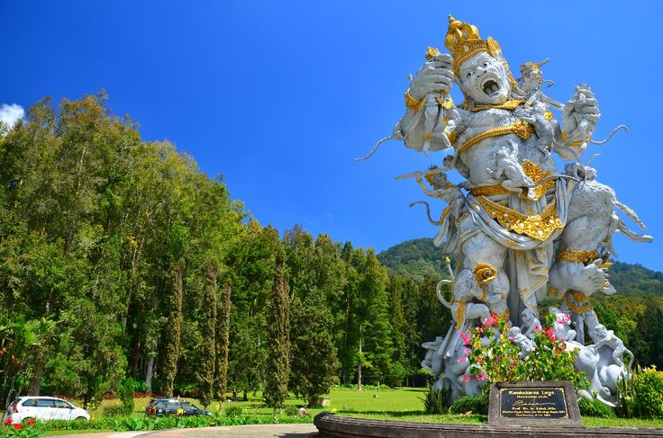 Giant Statue Of Kumbakarna Eka Karya Botanic Garden Eka Karya Botanic Garden Also Known As