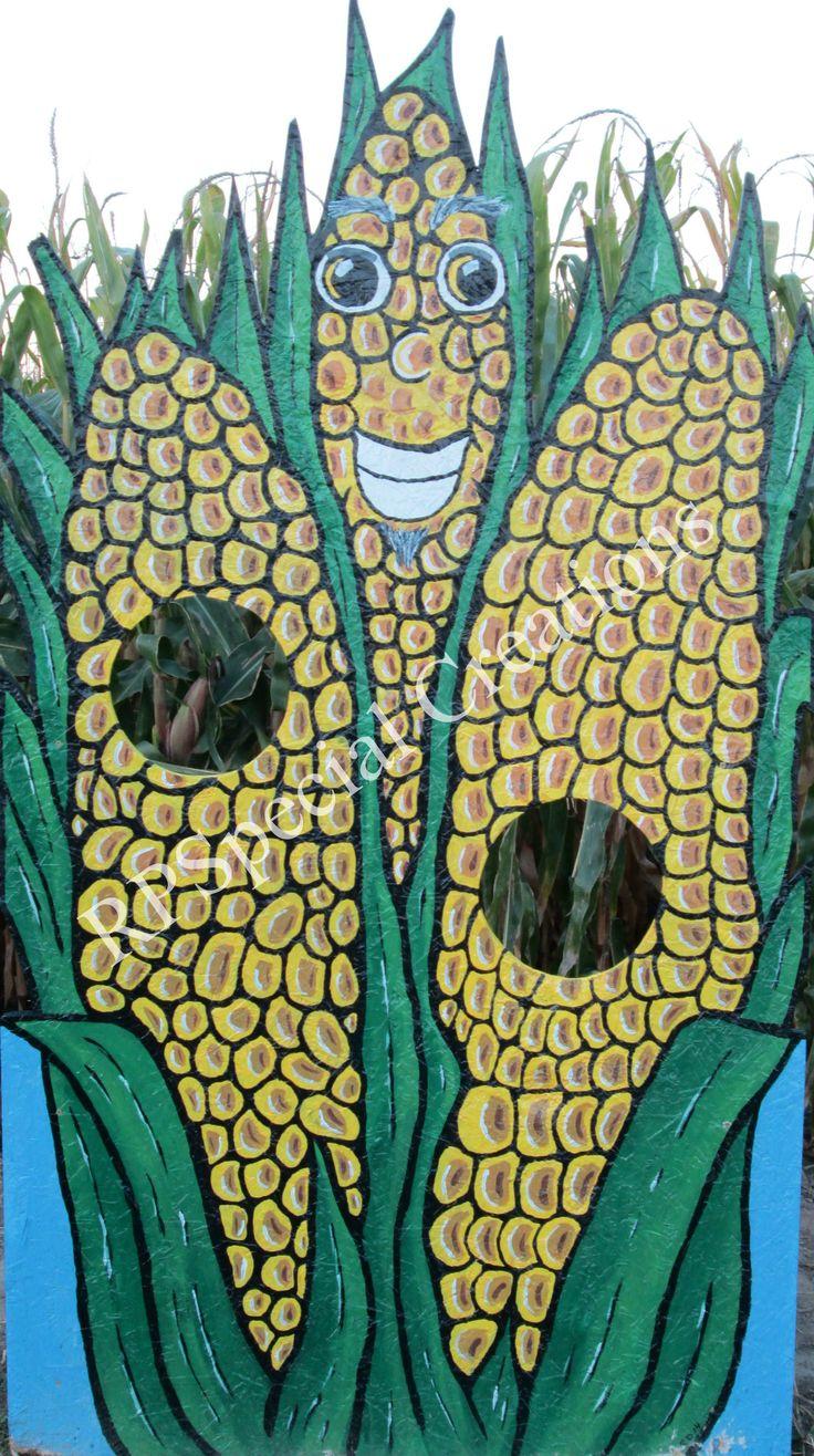 Face in the Hole board at Carpeter's Pumpkin Farm