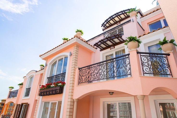 Отличная квартира с одной спальни, в шикарном комплексе Романс Марин на Солнечном берегу за 34 000 евро. Уникальная низкая цена! Отличная квартира с одной спальни, в шикарном комплексе Романс Марин на Солнечном берегу. Квартира не сдавалась туристам. Добротная ме