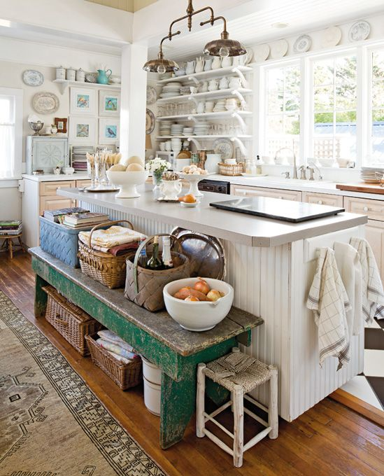 .Love the idea of a bench next to the island: Benches Ideas, Interiors Inspiration, Cottages Kitchens, Dreams Kitchens, Kitchens Islands, Antiques Benches, Seaside Romances, Farmhouse Kitchens, Country Kitchens