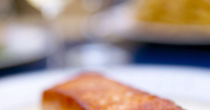 Verduras que van bien con el salmón. Elaborar un plato con salmón, un pescado muy rico en ácidos grasos omega-3, es una gran elección. Desde hace mucho tiempo es una opción habitual cuando se trata de elegir un plato de pescado. Ya sea en conserva o envasado, te permitirá elaborar de una forma relativamente rápida una buena comida a base de pescado. Extraordinariamente saludable, el ...