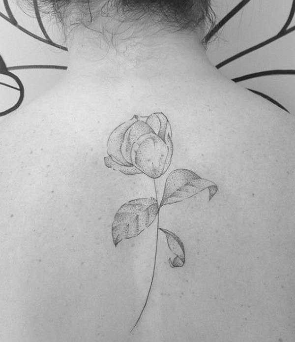 .  . Tattoos gibt es in den unterschiedlichen Formen, Farben und auch Größen. Gerade für Einsteiger sind kleine Motive von besonderem Reiz. Dazu wünschen sich viele Tattoo-Anfänger eher diskrete Motive, die aber nicht weniger elegant sein sollen. Hier zeigen wir tollen Beispielen, dass auch kle…