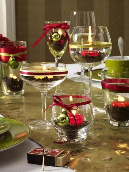 DIY-table-decorations-christmas-eve-idea-glass-candles