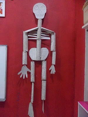 how to make a skeleton model out of cardboard