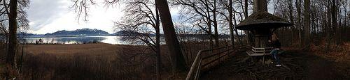 #Panorama #Keltenwall #Herreninsel im #Chiemsee - #Fotos geschossen auf #Herrenchiemsee - als Panoramaaufnahmen. Eine #Wanderung um die gesamte #Insel , ca. 13 Kilometer mit einsamen #Buchten und einzigartigen Eindrücken der #Natur mit wunderschönen #Ausblicken auf die #Berge - #Bergpanorama - #bavaria #bayern #lake #natur #nature #landscape #travel #chiemgau #island