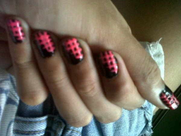 Nails of the Day: Matte Nails, Hatch Design, Crosses Hatch Nails, Fabulous Crosses Hatch, Nails Design, More Nails, Nails Polish, To Info Hellogiggl Com With, Creative Nails