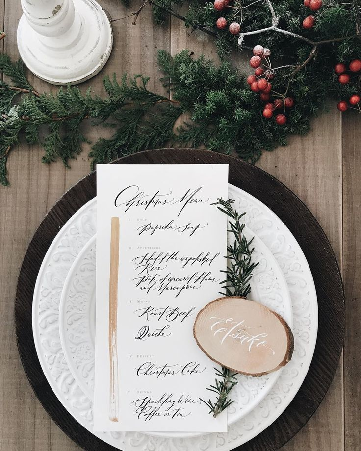 Christmas lunch and workshop at @studiobouquet last week. . . #vhcalligraphy #truffypi #calligraphystyling #christmas #gathering #slowliving #luncheon #flatlay #tabletop #tablesetting #christmasdecor #カリグラフィー #モダンカリグラフィー #クリスマス #カリグラフィースタイリング #カリグラフィーワークショップ #tokyo #japan #tokyoworkshop