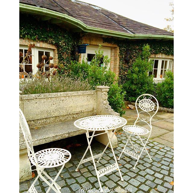 Shabby and Charming: A young and romantic Irish cottage