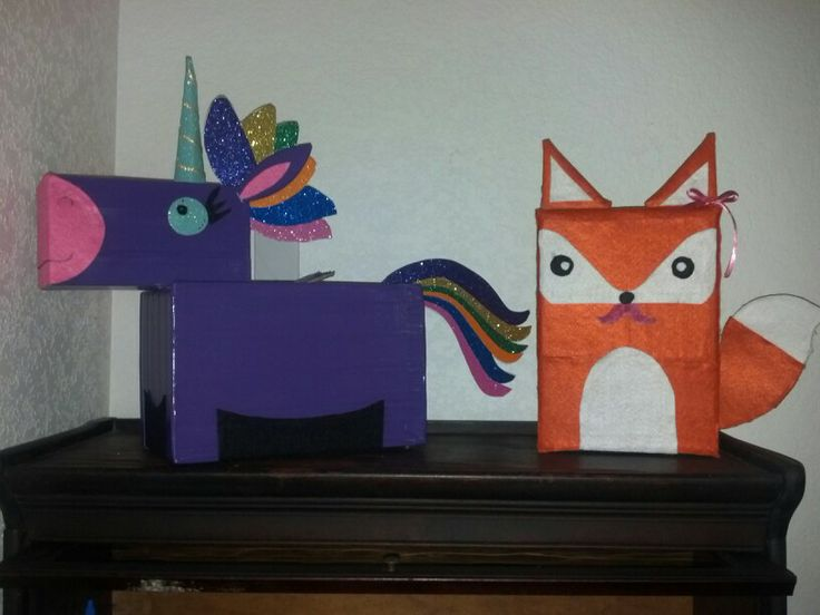 Unicorn & fox valentines day box