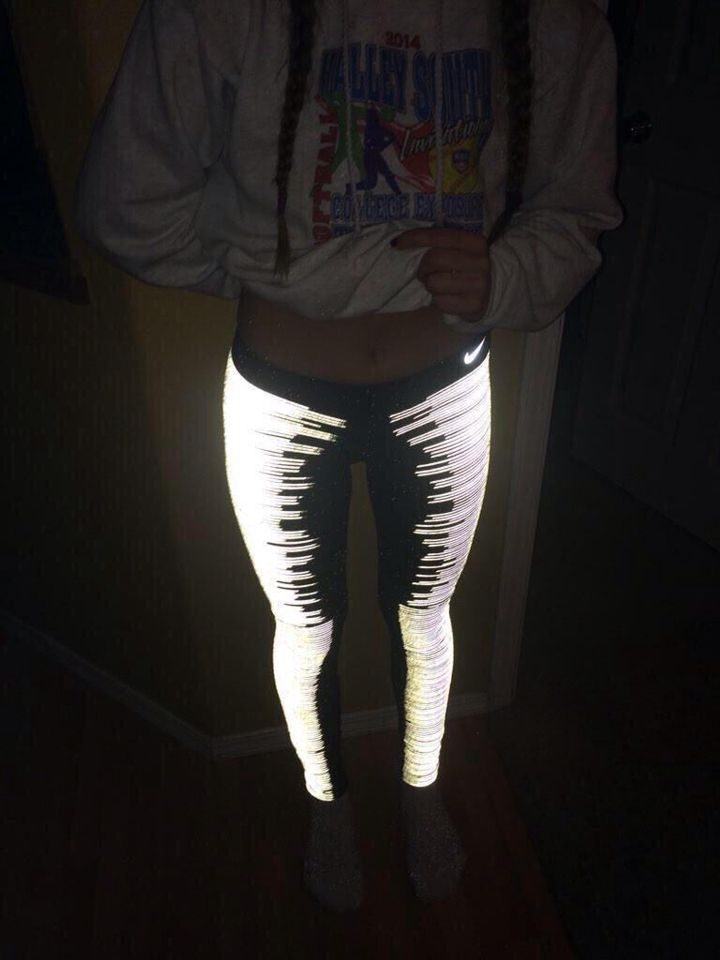 glow in the dark- Nike leggings